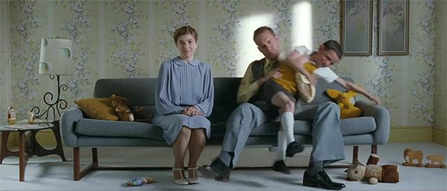 美术置景:《无姓之人》的导演是怎样表现8个不同家庭的